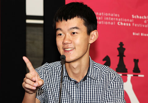 http://en.chessbase.com/Portals/4/files/news/2013/biel/dingliren05.jpg