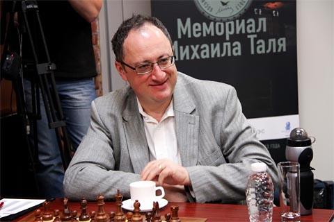 Gelfand has plenty to smile about. Photo by Etery Kublashvili.
