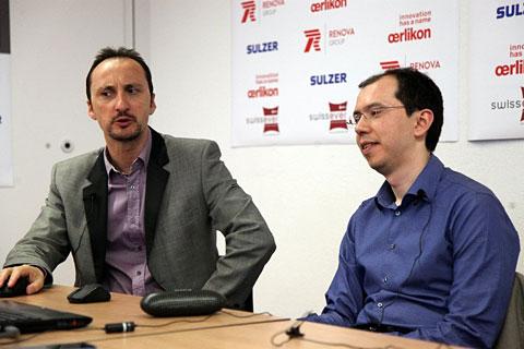 Topalov y Kasimdzhanov en la rueda de prensa