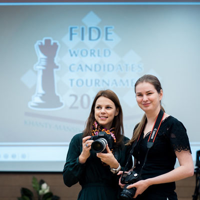 http://en.chessbase.com/Portals/4/files/news/2014/events/candidates/press01.jpg