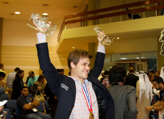 http://en.chessbase.com/Portals/4/files/news/2014/events/worldrapidblitz/closing03.jpg