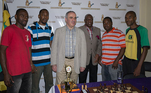 http://en.chessbase.com/Portals/4/files/news/2014/topical/kasparov16-jamaica.jpg