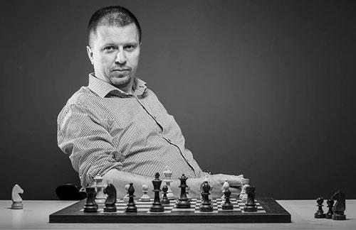 Thomas Robertsen skriver i Chessbase