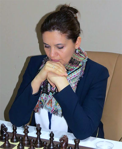 Romanian WGM Mihaela Sandu, rated 2300 and 45th seed, was the biggest surprise of this event. After five rounds she was leading with a clean 5.0 score.