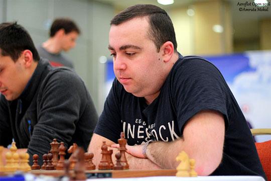 Tigran Petrosian derrotó a GM S.P. Sethuraman | Foto: Amruta Mokal