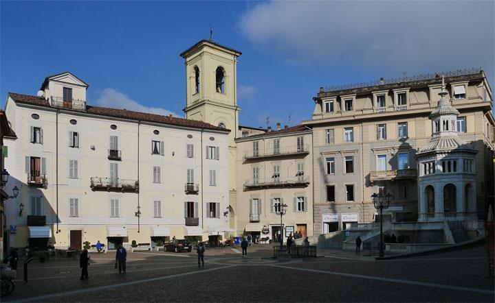 El centro histórico de Acqui Terme | Foto: Helen Milligan