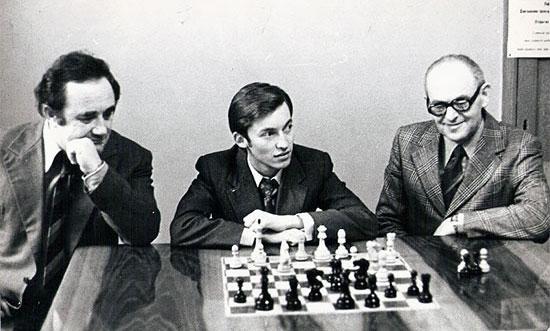 Bobby Fischer In Iceland  45 Years Ago 6  Chessbase-8038