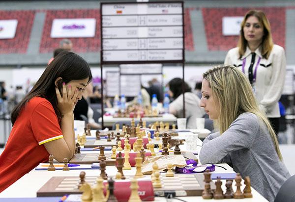 GM Ju Wenjun (China) vs. IM Nazi Paikidze (USA), 1-0
