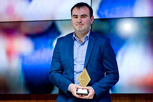 Campeón quedó el héroe local, Shakhriyar Mamedyarov i