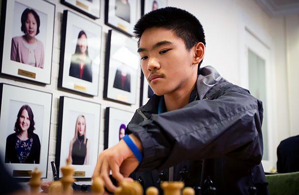 Jeffery Xiong (16 años) es el jugador más fuerte según su valoración Elo de 2642 puntos |Foto: St. Louis Chess Club
