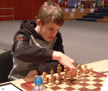 Prodigios y mini grandes maestros   ChessBase