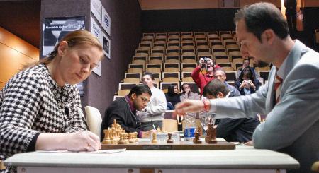 Championnat du Monde d'Echecs 2005 R06-05