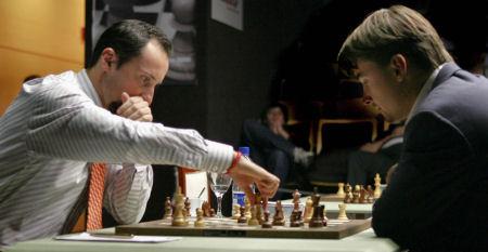 Championnat du Monde d'Echecs 2005 R10-01