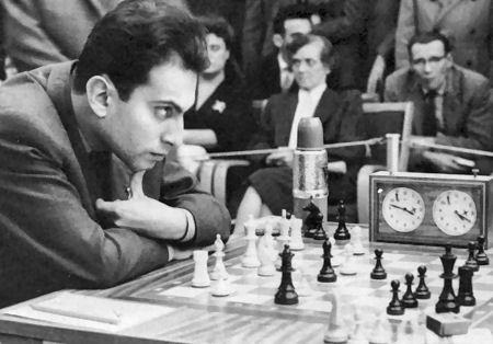 http://www.chessbase.com/news/2005/tal02.jpg