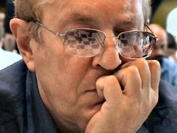 http://www.chessbase.com/news/2005/tseshkowski01.jpg