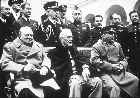 La conférence de Yalta (4 au 11 février 1945). dans guerre froide / relations internationales foros49