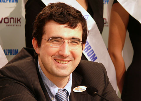 Kramnik in a good mood after win. Photo by Frederic Friedel (Chessbase).