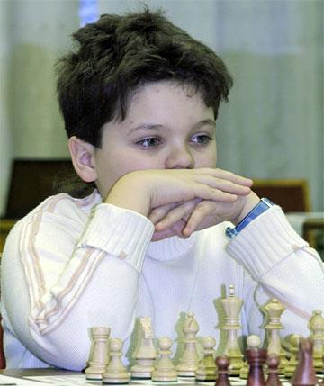 استاد بین المللی ایلیا نیژنیک (2444)12 ساله در مسابقات قهرمانی اوکراین2008
