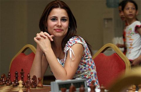 http://www.chessbase.com/news/2008/topel01.jpg