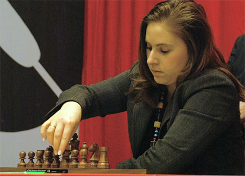 http://www.chessbase.com/news/2008/wijk/polgar01.jpg