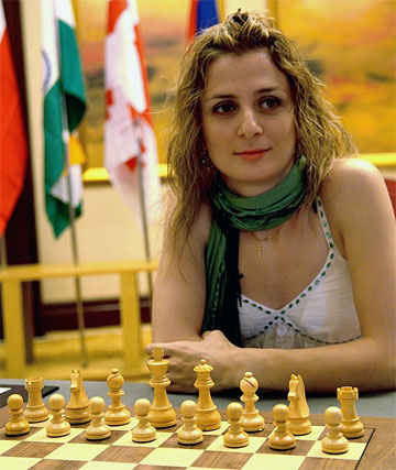 http://www.chessbase.com/news/2009/events/yinzhou05.jpg