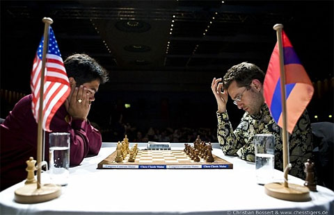 Hikaru Nakamura battling Levon Aronian for the Chess 960 Championship. Photo by Frederic Friedel.