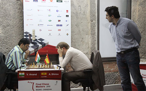 Anand and Shirov engaged in a slugfest! Kramnik shows intrigue. Photo by Nadja Wittmann.
