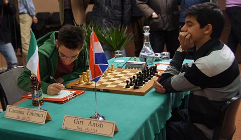 Top-rated juniors square off at 2011 Reggio Emilio (0-1).