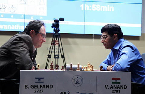 Gelfand and Anand square off in last game of the match before playoffs. Photo by Anastasya Karlovich.