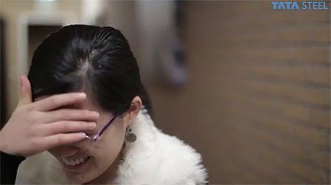 Hou Yifan's expression after learning that 57...a2 was a +9 in the computer evaluation. Photo by tatasteelchess.com.