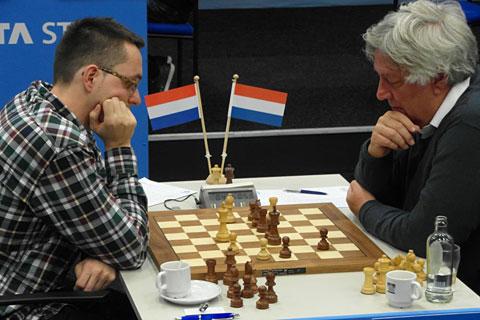GM Sipke Ernst-GM Jan Timman, 0-1