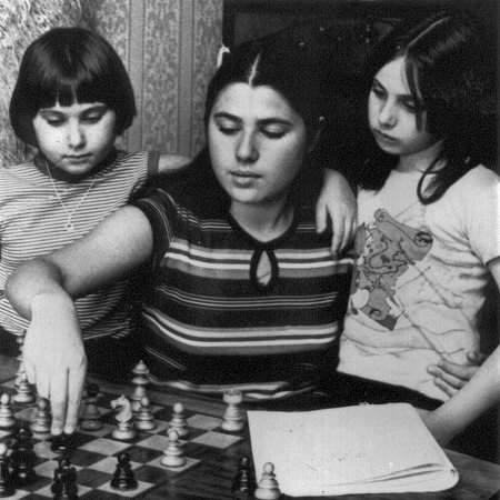 Judit, Zsuzsa and Zsofia Polgar