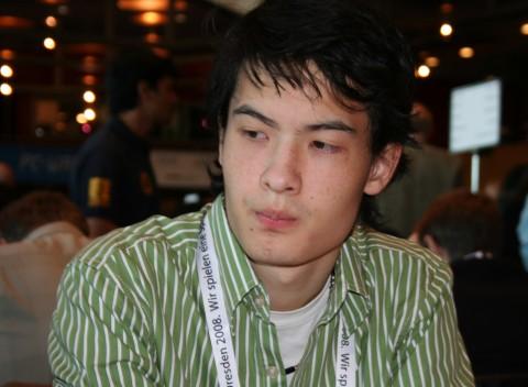 http://en.chessbase.com/portals/4/files/news/2008/dresden/as05/Img_9131.jpg