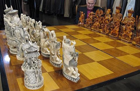 Rare Chess Set Collectors Dc Collection 4 Book Of Mormon Edition Marvel 3 .  Blizzard Collector Chess Set ...