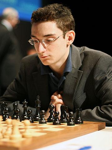 http://en.chessbase.com/portals/4/files/news/2013/events/caruana01.jpg