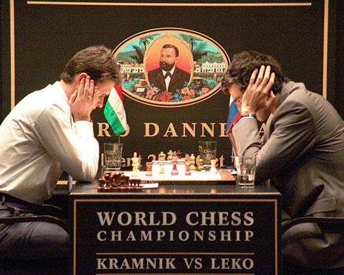 Peter Leko and Vladimir Kramnik in 2004