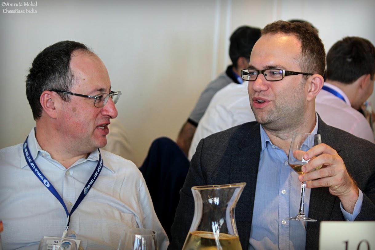 Boris Gelfand y Pavel Eljanov | Foto: Amruta Mokal