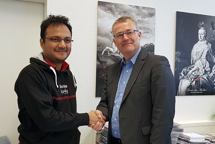 Meeting the CEO of ChessBase Rainer Woisin in Hamburg