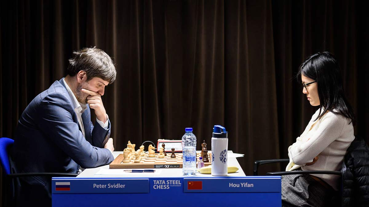 Peter Svidler and Hou Yifan