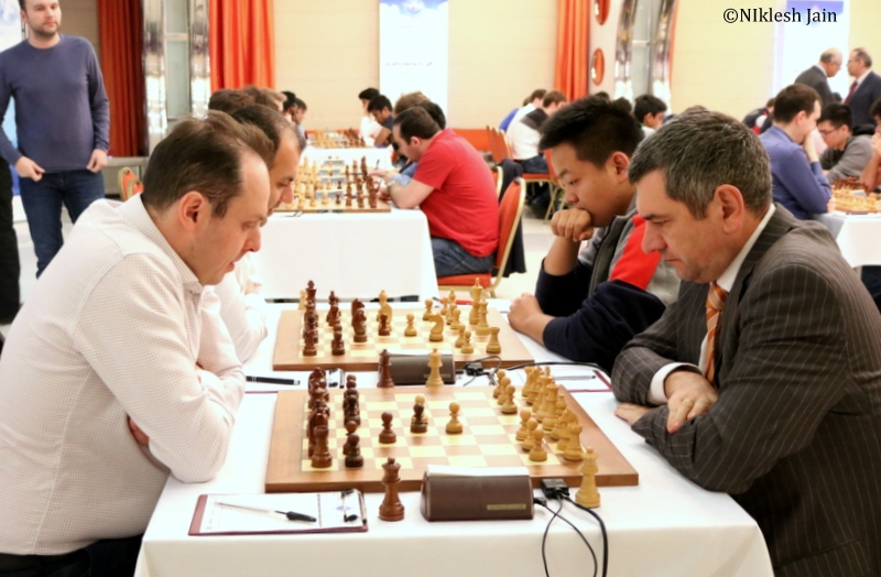 Game between Victor Bologan and Evgeny Najer from the eighth round of the Aeroflot Chess Open 2018