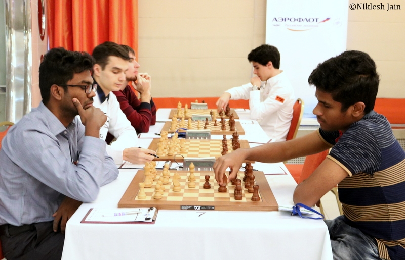Sethuraman SP and Murali Karthikeyan during their eighth round game at the Aeroflot Open 2018