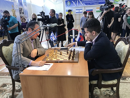 Boris Gelfand during his first round game against Ian Nepomniachtchi at the Karpov Poikovsky Tournament