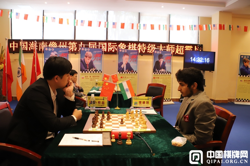 Vidit Gujrathi playing against Bu Xiangzhi in the fifth round of Hainan Danzhou Masters