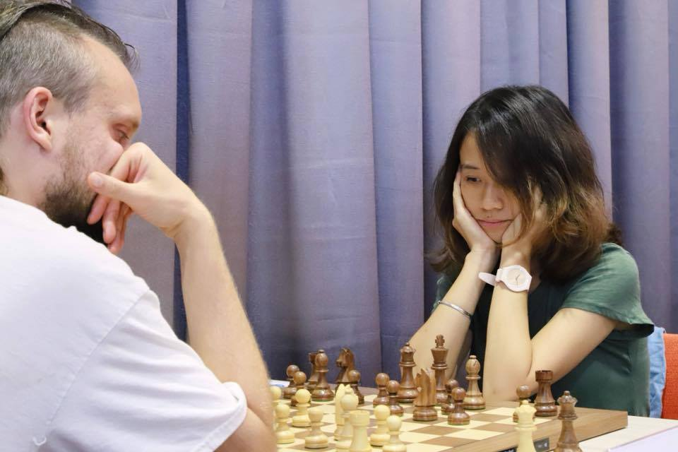 Gong Qianyun against Timur Garayev in the first round of QCD-Prof Lim Kok Ann Grandmasters Invitational 2018, Singapore