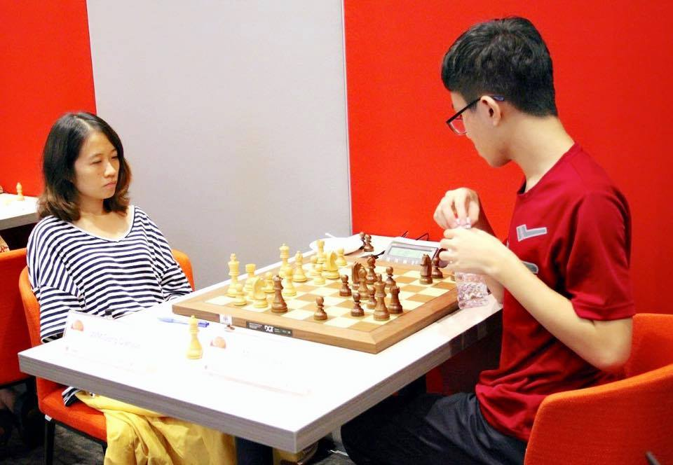 Gong Qianyun against Tin Jingyao in the final round of QCD-Prof Lim Kok Ann Grandmasters Invitational 2018