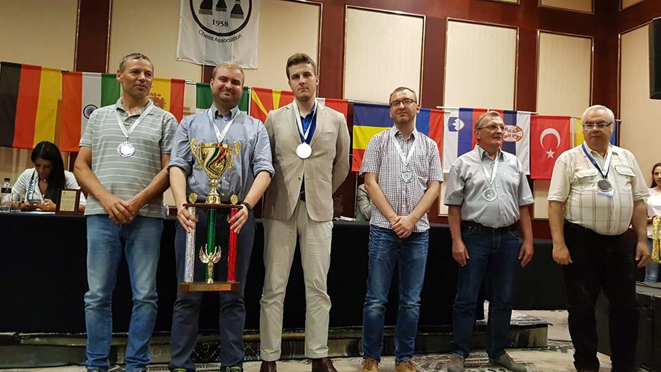 Polish team receiving their prize at the closing ceremony of the IBCA World Team Championship