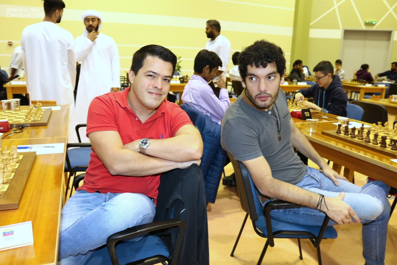 Eduardo Iturrizaga (izda.) y Mareco Sandro (dcha.)   Foto: Niklesh Jain
