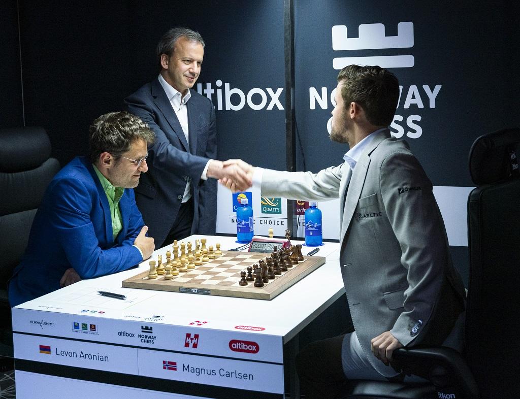 Arkady Dvorkovich, Magnus Carlsen