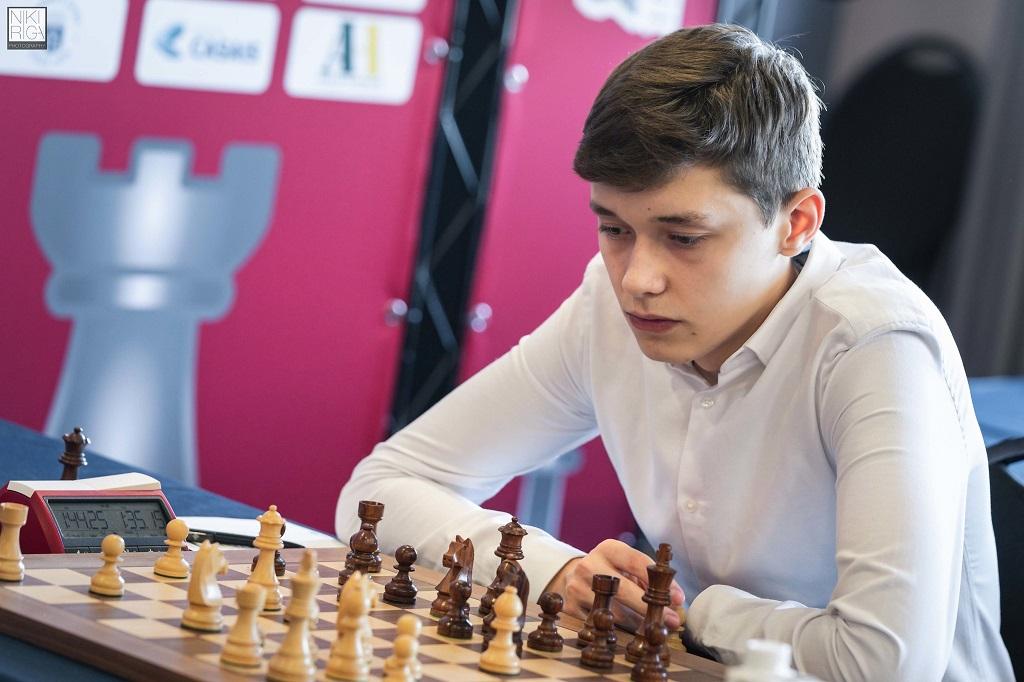 Andrey Esipenko