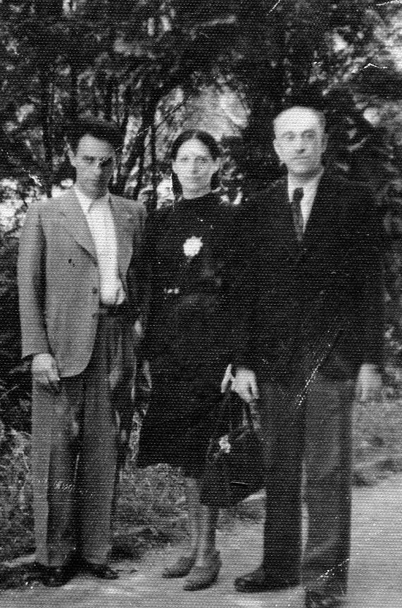 Robert, Ida and Dr. Nekhemia